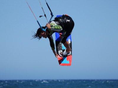 Clases de kitesurf playa de Tarifa, 9 horas 3 días