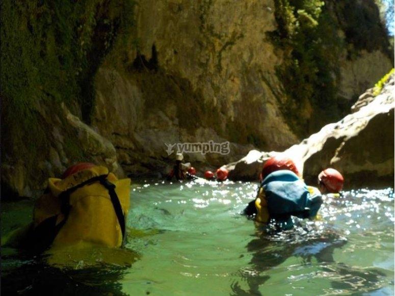 Barranco acuatico nivel III Pirineos