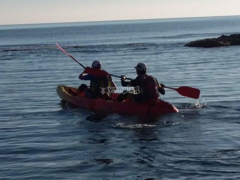 Disfrutando de una tarde de kayak
