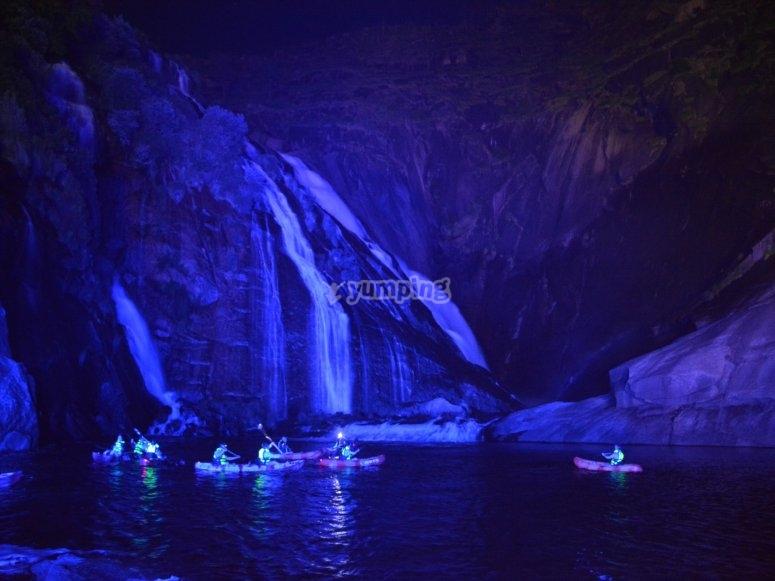 navegacion nocturna en kayak