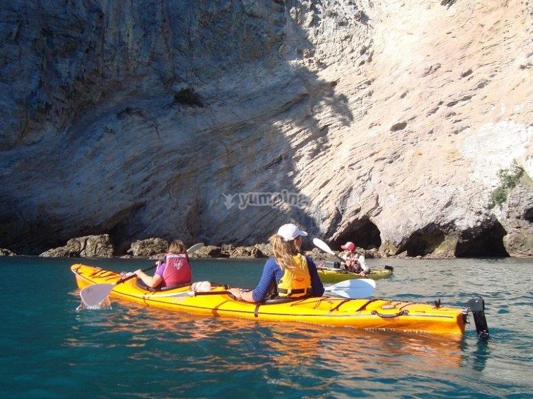 Paseo en kayak en el litoral