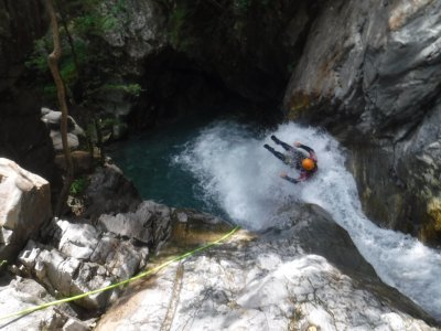 Level II Canyoning, The Pyrenees, 4 Hours
