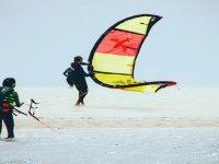 Curso de iniciación al kitesurf en Tarifa 2 horas