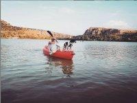 Alquiler de kayak por el embalse de Las Vencías