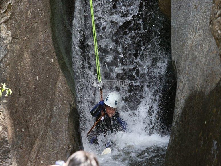 Rapel峡谷漂流
