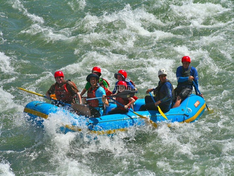 Rafting with children