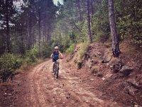 Siguiendo la ruta ciclista de montana