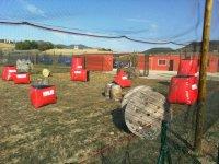 Hinchables rojos millenium barricas y carretes