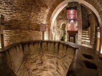interior de una cueva arabe