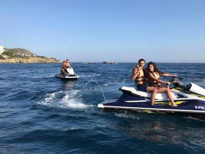 Jet ski a Playas de Roses 30 minuti