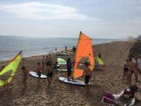 Zona de deportes nauticos en la playa