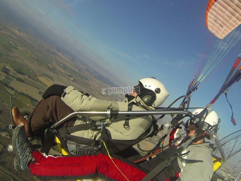 Esperienza di volo con paramotore
