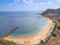 Panorámica de la playa de Las Teresitas