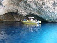 Excursion en lancha a la cueva marina