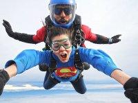 Heroine jumping