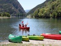 Tarde de kayaks en el embalse de la Torrassa