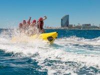 Viviendo la velocidad en un banana boat