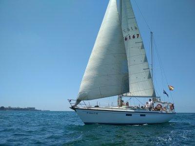 Escuela de Navegación Aperca por el Mar Paseos en Barco