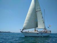 航海之旅沿加的斯的安达卢西亚船员海岸