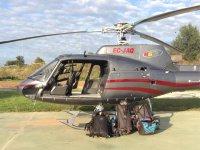 Helicoptero y equipaje de los pasajeros