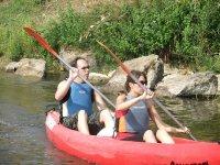 Canoa biplaza en el Sella