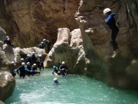 Jumping in the Peonera