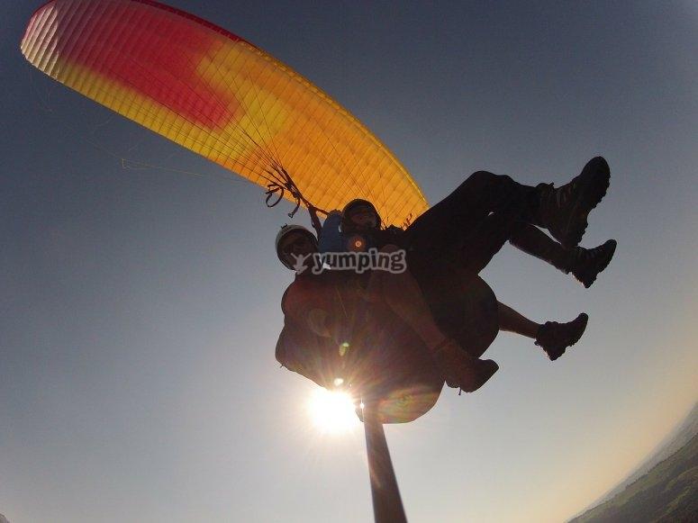 Selfie por los cielos de Rondaen el vuelo
