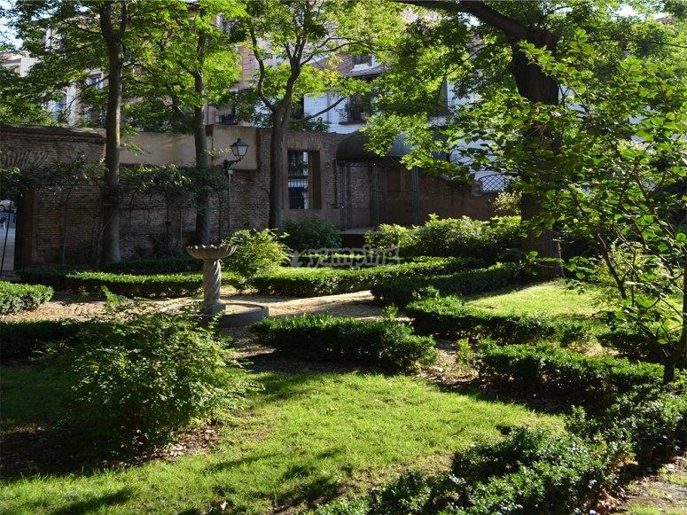 Jardines del Principe Anglona