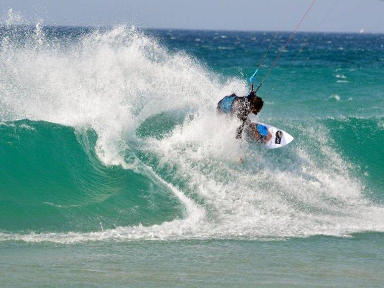 Surcando las olas de Tarifa