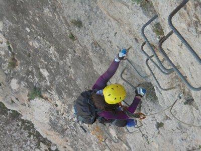 Vía Ferrata Sierra de Lúgar dificultad media 4h