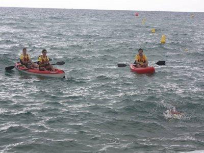 1-Hour Kayak Rental in Badalona
