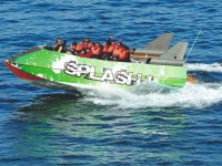 grupo en splash boat