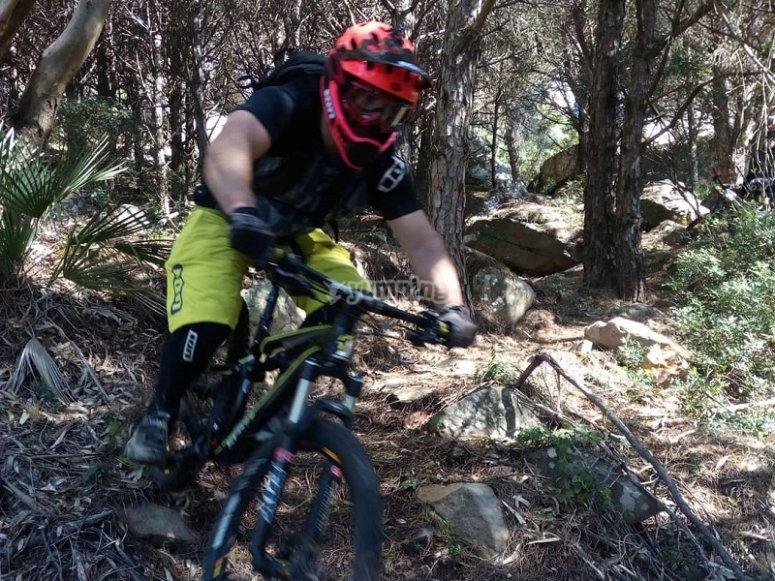 山地障碍自行车山地自行车