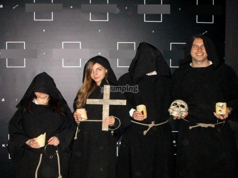 Misteriosos monjes