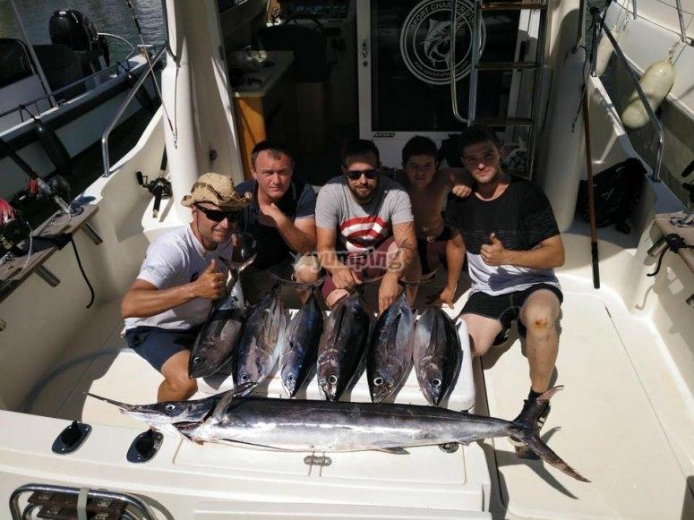 ragazzi hanno fatto una buona pesca