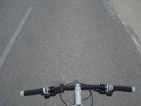 El asfalto desde el manillar