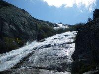 Agua sobre la roca