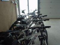 自行车存放处