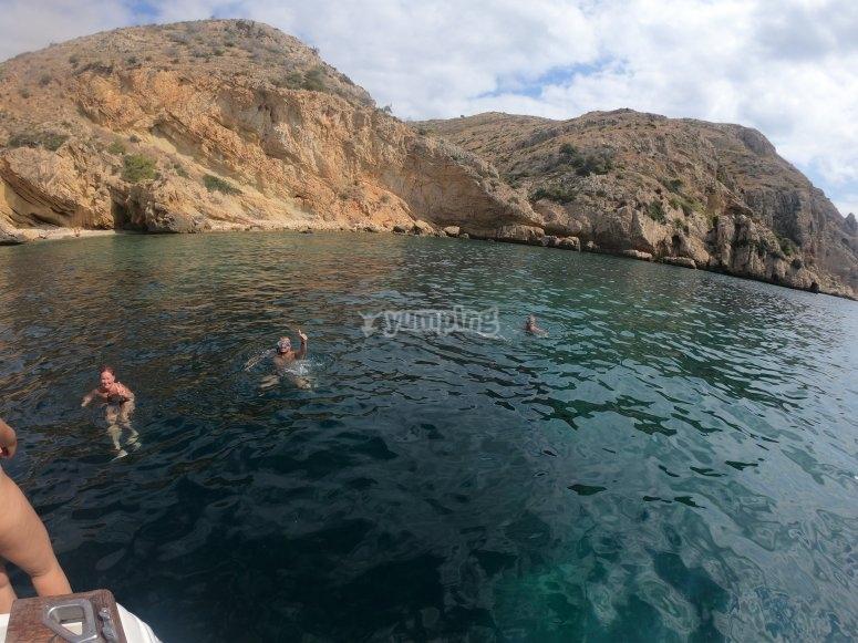 buceo y nado en mar