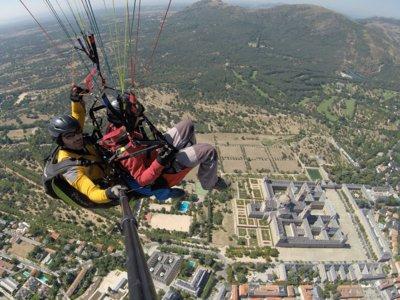 Vuelo en parapente biplaza en Segovia o Ávila