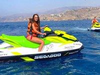 乘坐摩托艇游览阿尔梅利亚海岸
