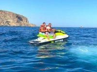 在摩托艇上探索阿尔梅利亚海岸