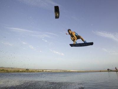 Curso kitesurf de iniciación en Corralejo 5 días