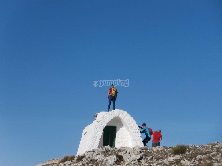 en la cima del monte