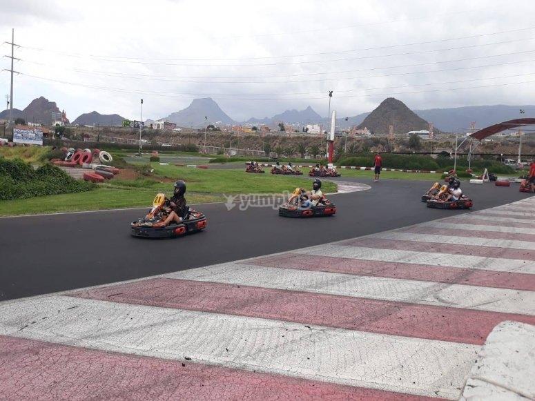 Carrera de karts en Tenerife
