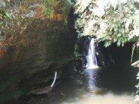 山沟中的自然峡谷
