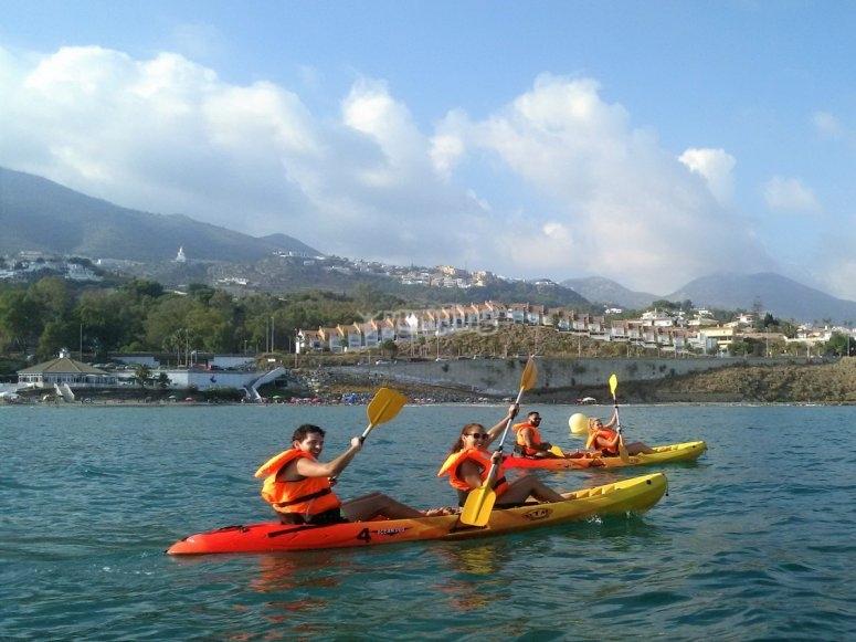 kayak mono plaza