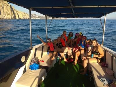 Ruta en barco con patrón desde Nerja 4 horas