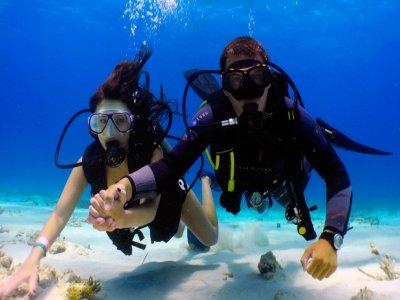 Obtener el título Open Water Diver PADI en Madrid