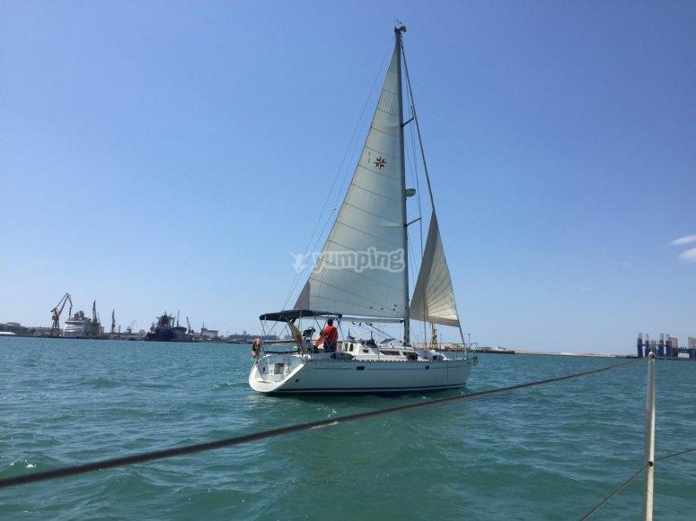 velero desde otro barco